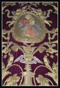 Manto de la Virgen de La Victoria de Las Cigarreras Sevilla (2)